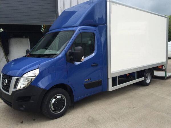 EXCLUSIV Seitenflügel für Renault Master für abc aeroline blau