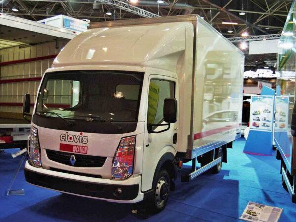 CLASSIC Seitenflügel für Renault Maxity, Nissan NT 400, Normalfahrerhaus B 2150 x H 600 mm für abc aeroline