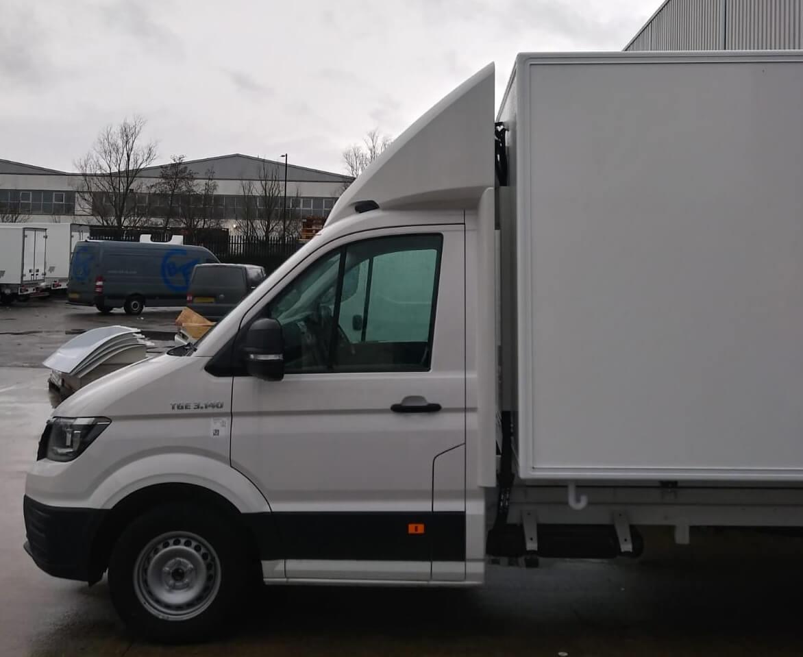 EXCLUSIV Seitenflügel für VW Crafter NEU / MAN TGE, Normalfahrerhaus B 2050 / Ü 30mm für abc aeroline