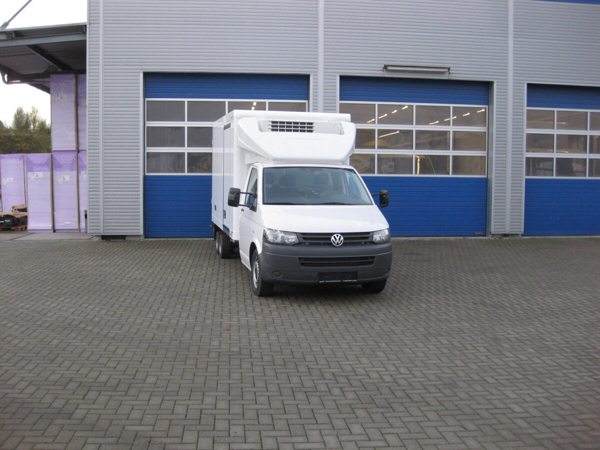 VARIO-FIX 3D-Dachspoiler für VW T5/T6, Normalfahrerhaus B 2000 x H 400-620 mm für abc aeroline